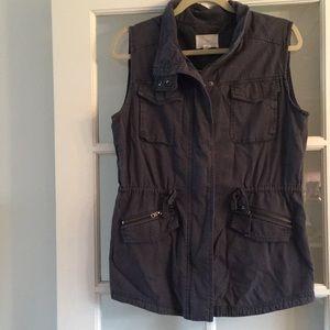 Caslon Dark Grey Cargo Vest